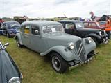 Internationale Oldtimer Fly- and Drive-In Schaffen - foto 8 van 89