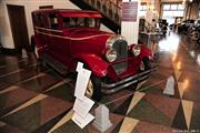 Automobile Museum Features Auburns, Cords, Duesenbergs and more (USA) - foto 32 van 279
