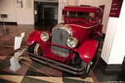 Automobile Museum Features Auburns, Cords, Duesenbergs and more (USA) - foto 34 van 279
