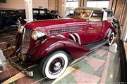 Automobile Museum Features Auburns, Cords, Duesenbergs and more (USA) - foto 42 van 279