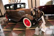 Automobile Museum Features Auburns, Cords, Duesenbergs and more (USA) - foto 44 van 279