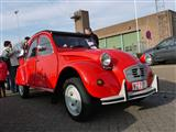 Cars and Coffee... and Motorcycles - Kapellen - foto 44 van 165