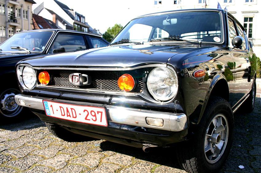Oldtimer te huur: Datsun Cherry 100A