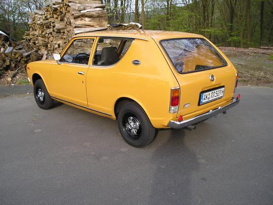 Oldtimer te huur: Datsun Cherry Wagon 100A