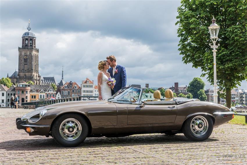 oldtimer te huur jaguar e type v12 roadster cabrio. Black Bedroom Furniture Sets. Home Design Ideas